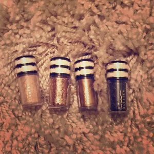 Mac set ~ small sizes of pigments and glitters